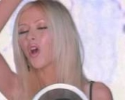i-turn-to-you-christina-aguilera-all-4-one-3
