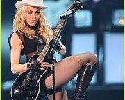 madonna-turne-sticky-sweet-tour-3