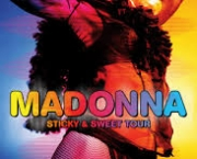 madonna-turne-sticky-sweet-tour-4