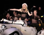 madonna-turne-sticky-sweet-tour-8